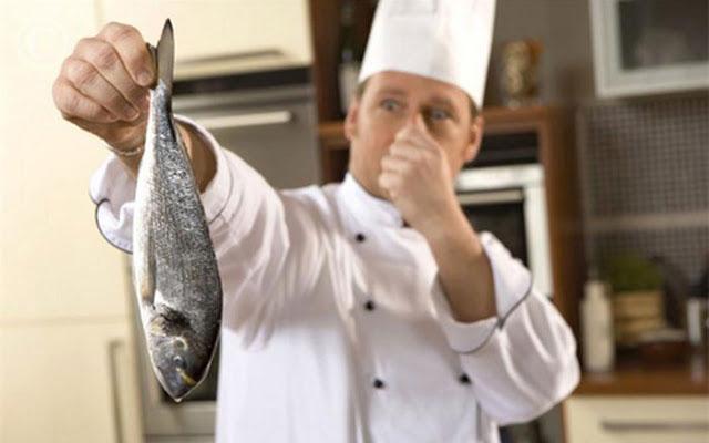 Запах от рыбы