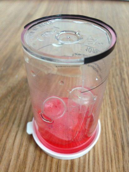 Розовая жидкость