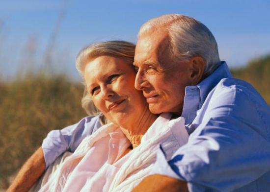 Страдают люди старшего возраста